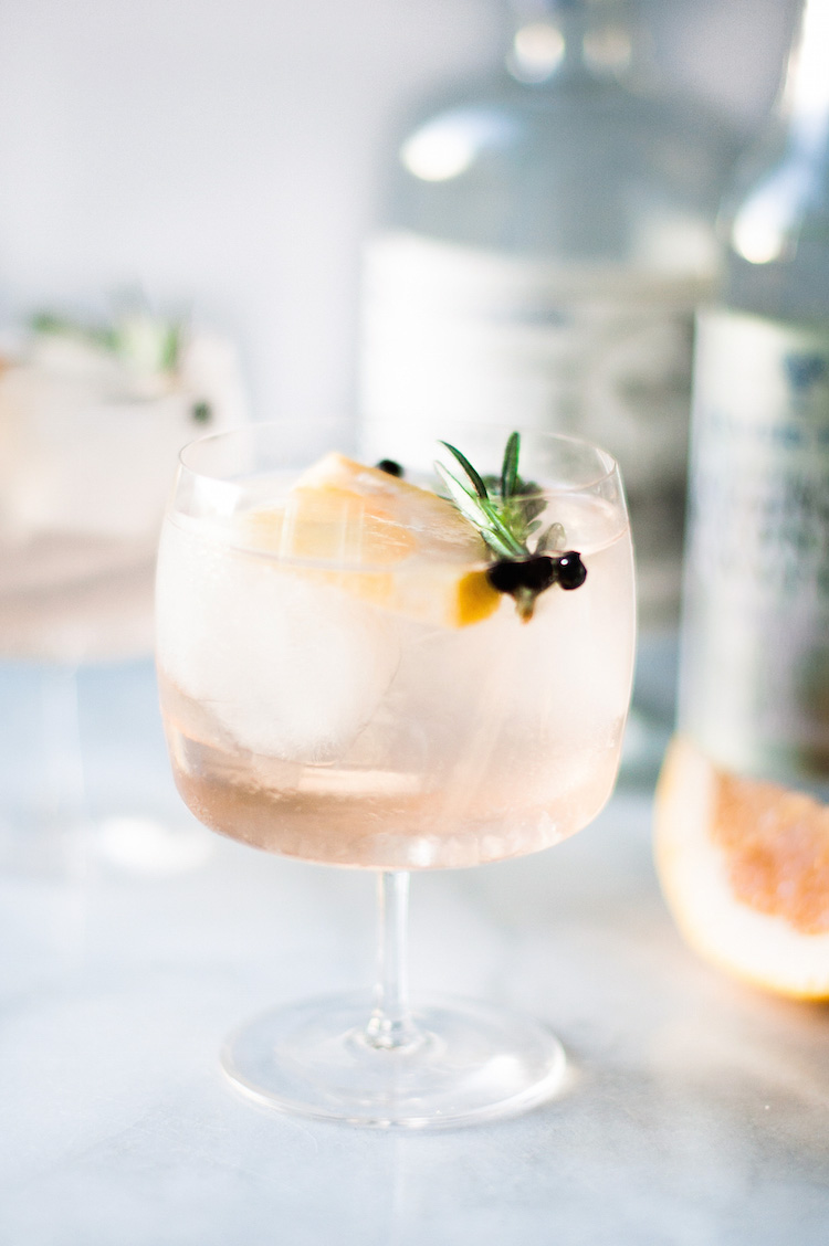 Elderflower-Spanish-Gin-and-Tonics-craftandcocktails-3
