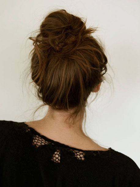 french-bun-hair-how-to_sm